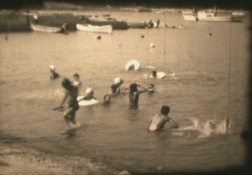 昭和40年代前半 伊里前漁港で海水浴 宮城県本吉郡南三陸町歌津伊里前