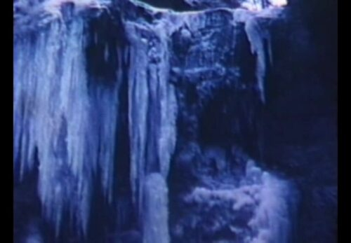 昭和51年3月 宮城県仙台市 厳冬の三居沢の滝